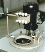 LR-Cal TB 300-M with fluid level adapter